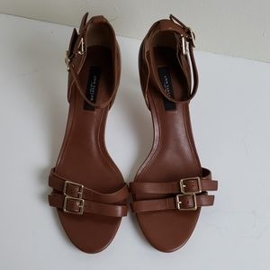 Ann Taylor leather strappy sandals